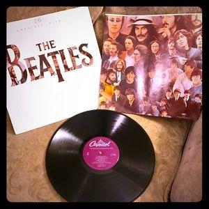Vintage Original The Beatles Greatest Hits LP 1982